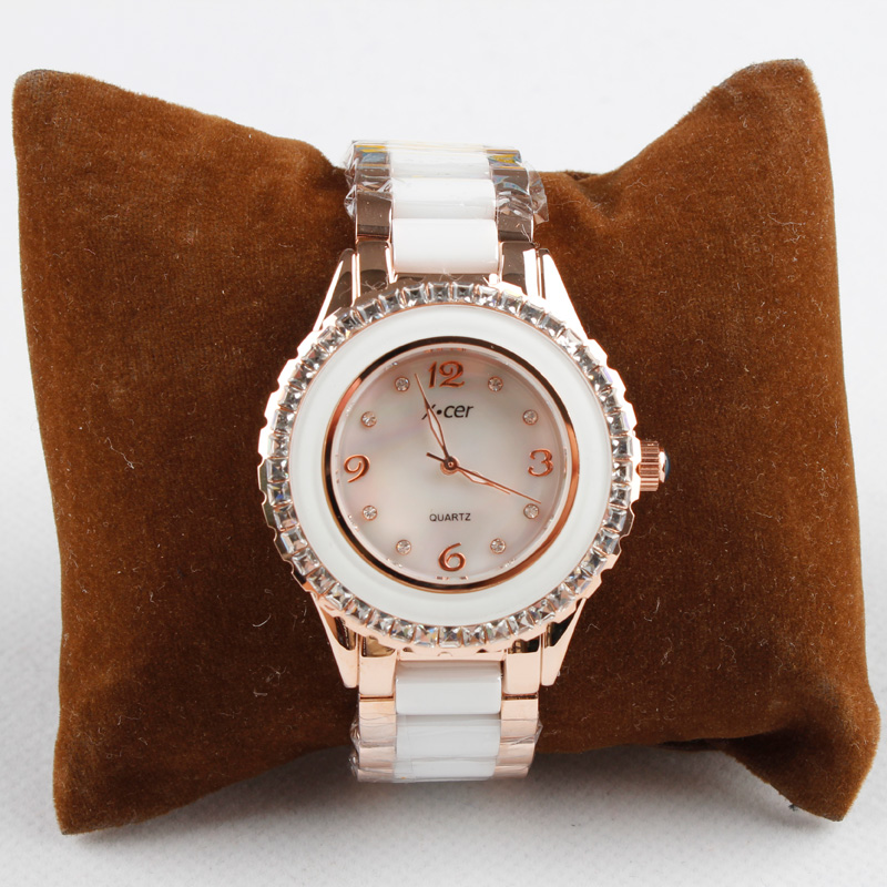 2013 watch female fashion rhinestone ceramic watch female white austria crystal(China (Mainland))