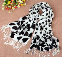 2013 new fashion lady winter warm heart scarf, HIGH QUALITY valentine's day gift scarf