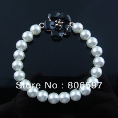 Free shipping (3pcs/lot) wholesale 8mm white imitation pearl strand bracelets with flower charm wh20085(China (Mainland))