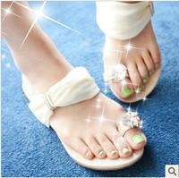 Women summer shoes new 2014 fashion sexy white sets of toe flat sandals women flats diamond free shipping blue black