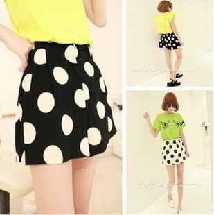 Mushroom women's trousers 2013 summer large black and white polka dot high waist bud shorts(China (Mainland))