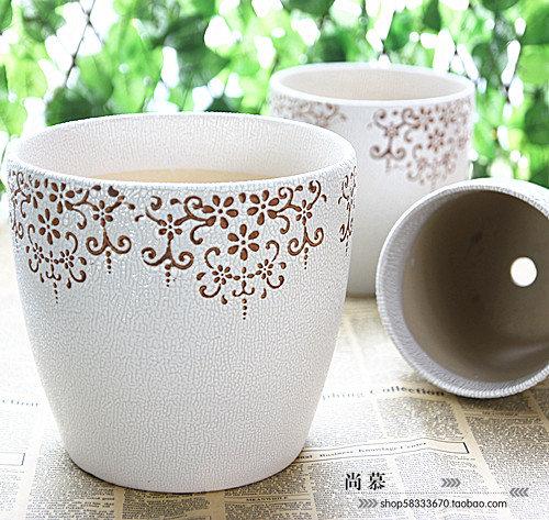 Beige Classical Decorative Pattern Ceramic Flower Pot