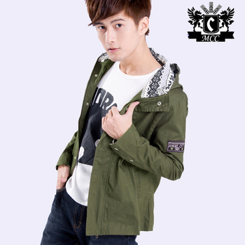 Free shipping / 2013 the spring and autumn period and the high-quality goods of men's jacket / Boys leisure tooling hooded coat