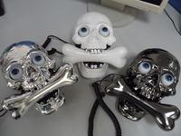 Cartoon vintage telephone personality telephone skull bones landline phone