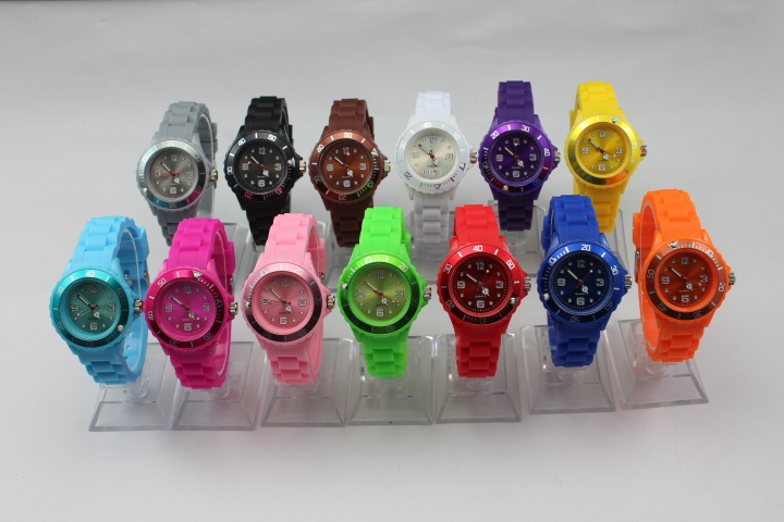 1000pcs/lot children watch 3.5cm watch kid silicone watch 35mm sport watch(China (Mainland))