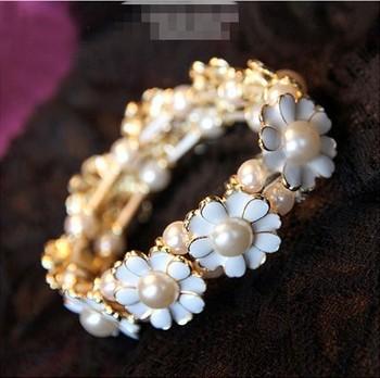 1pc Charms New Free Shipping Korean Lady Fashion Enamel Flower Pearl Stretchable Vintage Bracelet Bangle Jewelry V8030