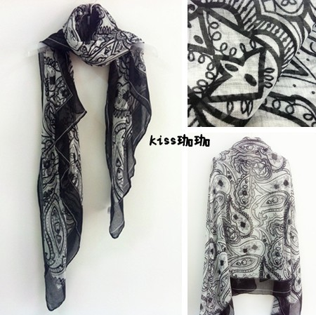Free shippin europe style black and white abstract flower beach cashers sun-shading cape silk touching fashion scarf(China (Mainland))