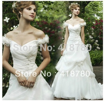 The princess bride wedding dress with lace word shoulder the trailing nuptial dress  new crystal flower's wedding dress