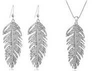 Bohemian Elegant foliage Crystal Earrings Necklace Set  - the wings of love & free shipping