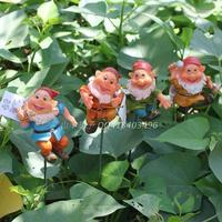 Hot Selling European Gardening Ornaments Resin Crafts Home Decoration Dwarf elves iron plug