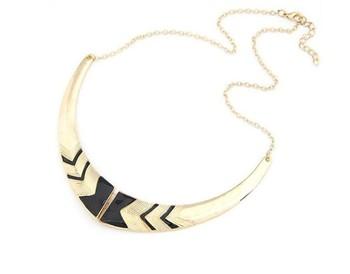 Min order $10(Mix order) Retro Fashion Black Gold Tone Necklace Fake Collar Chain