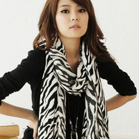 2013 recommended new VIVI Korean female zebra scarves chiffon scarves Free shipping
