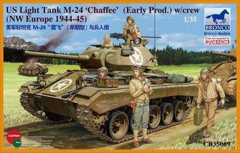 "Bronco CB35069 US Light Tank M24 ""Chaffee"" Early Production w/Crew"