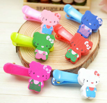 Wholesale Korean fashion ligneous Hello Kitty children's Hairclip / hairpins / hair barrette , Free Shipping 1936