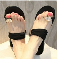 2013 summer rhinestone flatbottomed women's slippers toe-covering sandals flip female slippers women's shoes drag