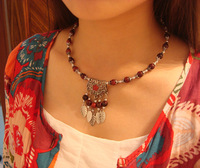 Nepal, Tibet, Tibetan ethnic jewelry new leaf collar good with hanging necklaces