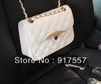 Hot sales of handbags Lingge embroidery chain bag sweet lady diagonal package bag color Rhinestone Buckle a chain bag