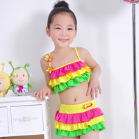 2013 Female child swimwear baby child female child two piece dress split bikeways free shipping  fit 3-15 years old