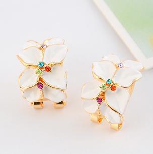 E006 Elegant gardenia flower leaves rhinestone crystal earrings all-match Earrings! ...
