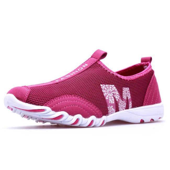 Женская обувь спортивная