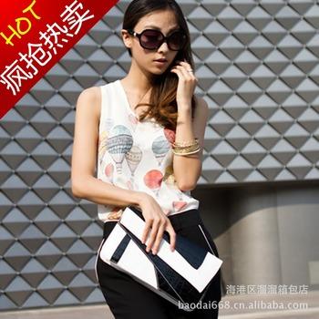 2013 women's handbag crocodile pattern motorcycle bag shoulder bag clutch women's day bags