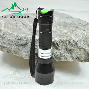 Free shipping Camping equipment  Led glare flashlight zoom q518650