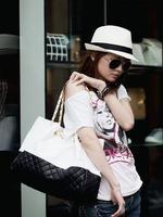 Three-color Leather Women's Handbag Fashion Dimond Plaid One Shoulder bag