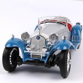 Alfa romeo alloy car model mahogany base classic car model