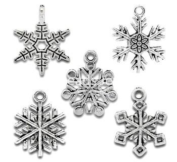 Free Shipping! 50 Mixed Silver Tone Christmas Snowflake Charm Pendants (B11040)