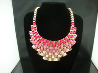 Luxury fashion popular short necklace chain accessories