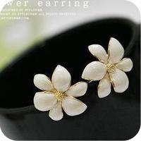 Promotion! Wholesale! Fashion lady women jewelry white lovely flower alloy stud earring ER255