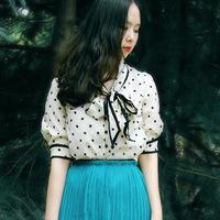 free shipping Hepburn vintage polka dot bow young girl chiffon shirt