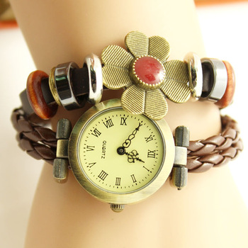 Free shipping Four leaf clover vintage bracelet  bracelet  sweet flower genuine leather vintage  Wristwatches wrist watches