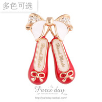 Free Shipping!2013  Best Girl Gift, Fashion  Crystal Diamond Embroidered Shoes Brooches Clothes Decoration Corsage 5pcs/lot