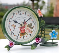 free shipping cool Fashion rustic wrought iron table clock pen desk clock iron clock small red flowers clock house furnishings