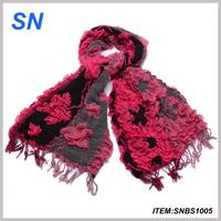 Winter   Maple leaf  pattern Ruffle Bubble scarve
