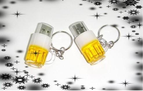 wholesales!Fashion Creative beer bottle key chain model USB 2.0 Memory Stick Flash Drive 4GB 8GB16GB 32GB(China (Mainland))