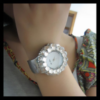 Watch female fashion full rhinestone diamond watch diamond rhinestone decoration table fashion table bracelet watch