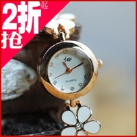 Inveted women's flower fashion table girls bracelet watch bracelet watch ladies watch watches for women