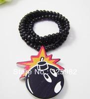 Wholesale 5Pcs/Lot Bomb Pendant Good Wood Hip-Hop Wooden Fashion Dancer Color Necklace
