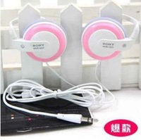 Min.order is $5 High quality t-0056 -ear gift q50 earphones