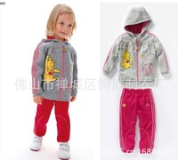 The new autumn outfit 2013 girls bear sports leisure suit fleece suit, free shipping