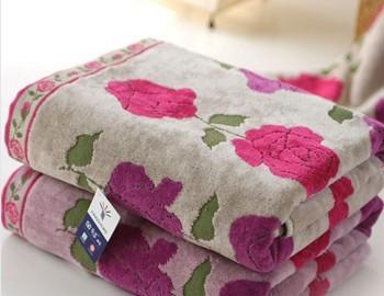 2014 Fashion Elegant Soft 100% Terry Jacquard High quality Brand Cotton Casual Hotel/Beach Bath towel 140*73cm Free shipping()