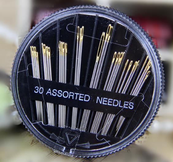 20 high quality boxed sew-on needle sewing needles round box needle gold needle(China (Mainland))