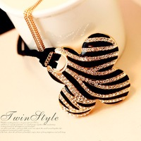 Free Shipping Hot-selling Fashion All-match Zebra Print Four Leaf Grass Long Design Necklace Sweater Chain