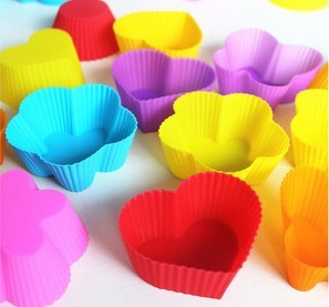 30pcs /Lot, DIY Free Shipping Wholesale 7cm Silicone Cake/pie/pudding/chocolate Mold/Cupcake Mold /Baking Mould Bakeware 7Colors(China (Mainland))