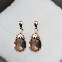 Free shipping! Fashion classic hollow water drop drop earrings for women