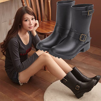 2013 new atyle Motorcycle ladies's rainbootsfemale fashion rubber shoes women's water shoes overstrung rain boots for women