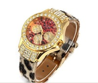 Promotional fashion leopard grain leather strap watches couture watch Ms. Crystal watches