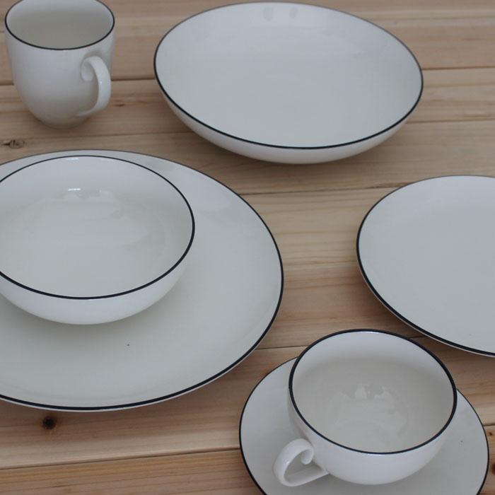 ceramic dinnerware set western style bone china dinnerware. Black Bedroom Furniture Sets. Home Design Ideas
